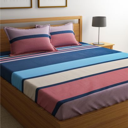 Blue and Red Fashion Geometric Stripes Print Bedsheet with Pillow Covers