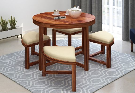 4 seater round dining table in Mumbai