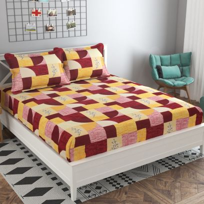 Maroon and Yellow Colour Leaf Printed 144 TC Cotton Double Bedsheet with Two Pillow Covers
