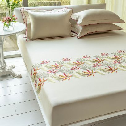 DDecor Live Beautiful Burnt Sienna Excellence Embroidered Double Bed Sheet with 2 Pillow Covers