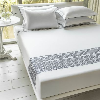 DDecor Live Beautiful Grey Slate Excellence Embroidered Double Bed Sheet with 2 Pillow Covers