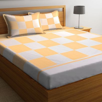 Off White and Yellow Check Pattern Super King Size Bed Sheet with 2 Pillow Covers
