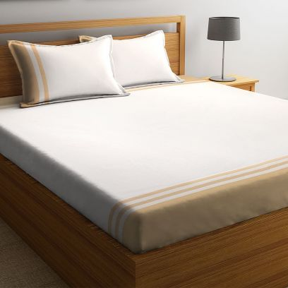 Off White Cotton Super King Size Bed Sheet with 2 Pillow Covers
