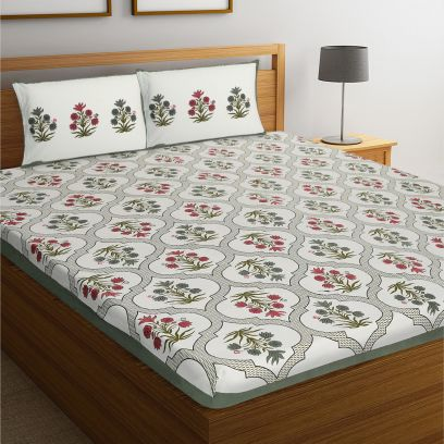 Red and Green Rajasthani Jaipuri Cotton Block Print Double Bed Sheet With Pillow Covers
