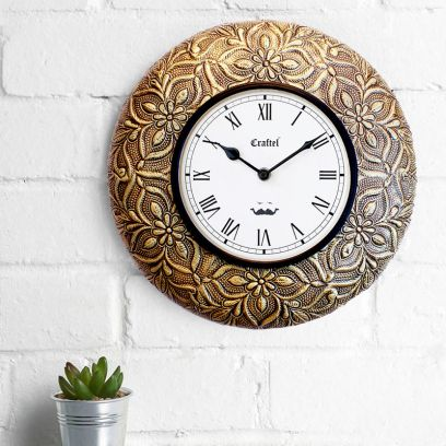 Antique Brass Metal Fitted on MDF Wooden Base Decorative Wall Clock