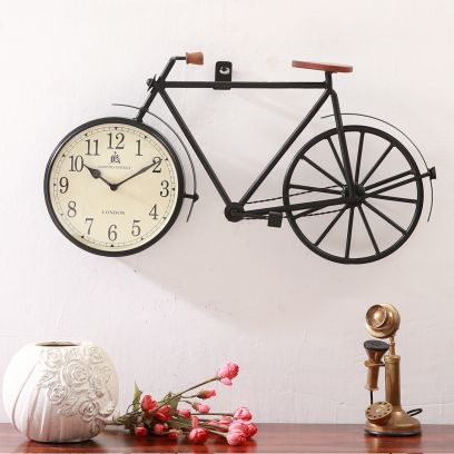 Clocks Online : Wall clocks for Living Room in India