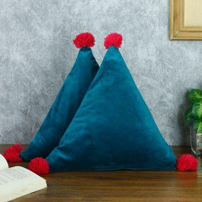 Triangle Shape Decorative Filled Cushion Set