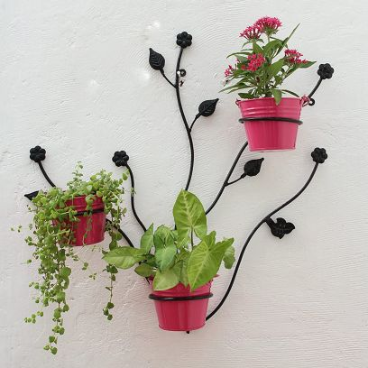 Iron Leaf Wall Bracket with Pink Bucket Wall Planter