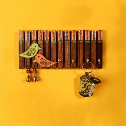 Tribal Art Wooden Stripes And Birds Handcrafted Key Holder - 4 Keys