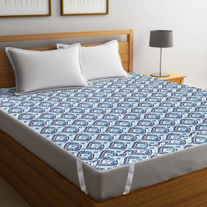 Blue Screen Print Cotton Quilted Double Bed Mattress Protector