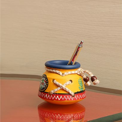 Yellow Colour Warli Handpainted Knitted Pen Stand