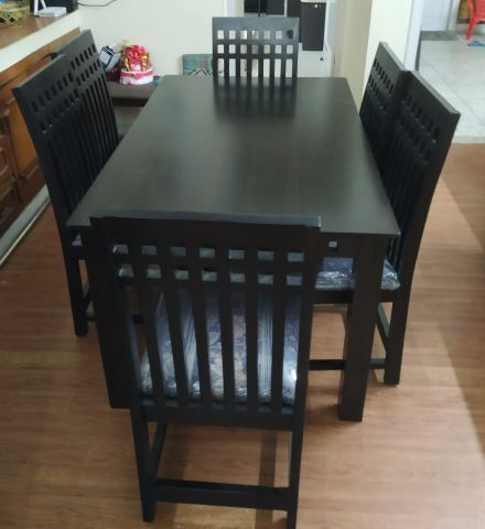Adolph 6 seater dining set (Walnut Finish) Customer Review