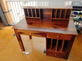 Review Cassidy Study Table (Honey Finish)