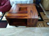 Review Lynet Coffee Table (Mahogany Finish)