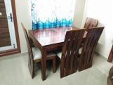 Review Advin 6 Seater Extendable Dining Set (Walnut Finish)