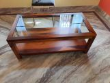 Review Arno Glass Top Coffee Table (Honey Finish)